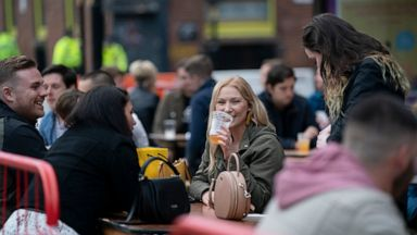Naked Men And Drunks England Assesses The Reopening Of Pubs Abc News