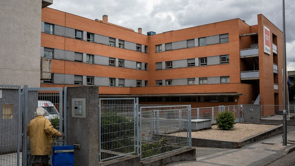 'Didn't give a damn': Inside a ravaged Spanish nursing home