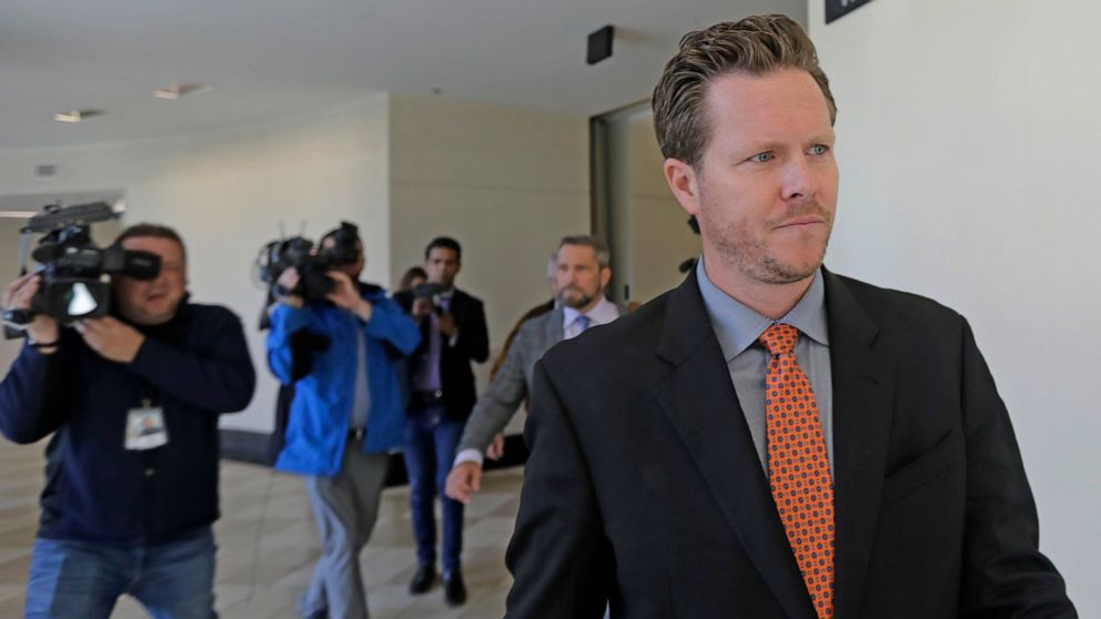 Arizona politician's alleged adoption aide pleads guilty thumbnail
