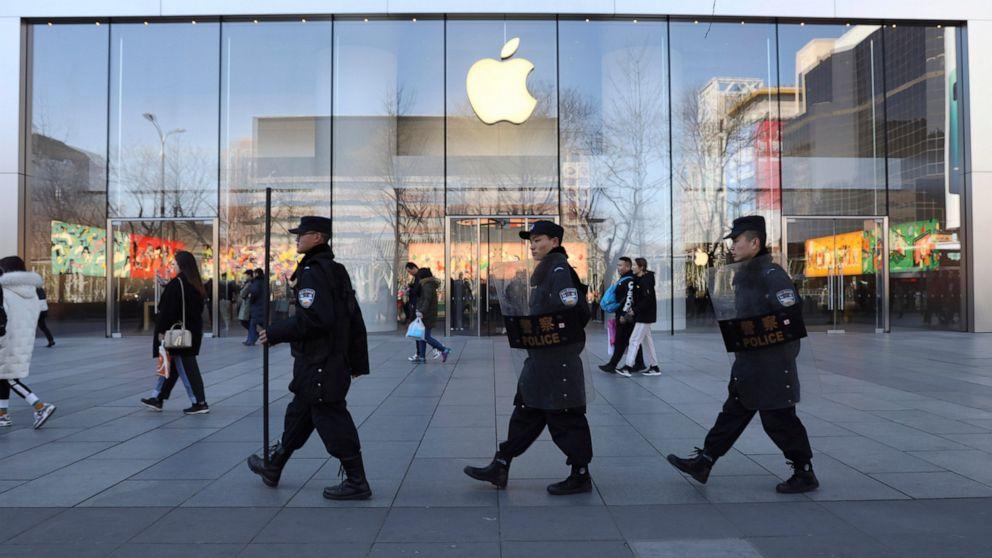 Apple menutup sementara toko-toko di Cina di tengah wabah virus