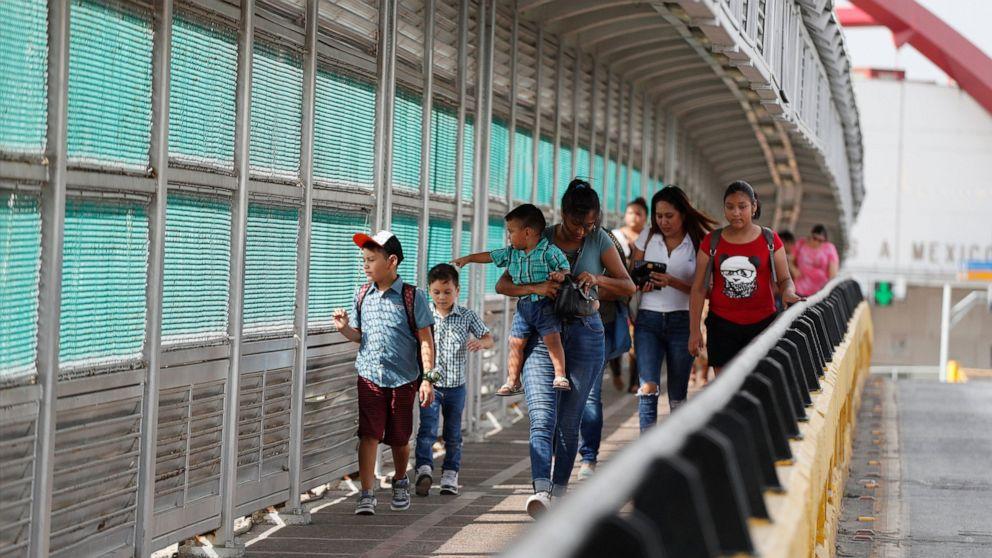 ΜΑΣ κρίνετε μπλοκ Ατού ασφάλισης υγείας κανόνας για τους μετανάστες