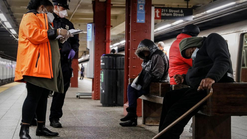 Buses offered for shelter during nightly NYC subway closures thumbnail