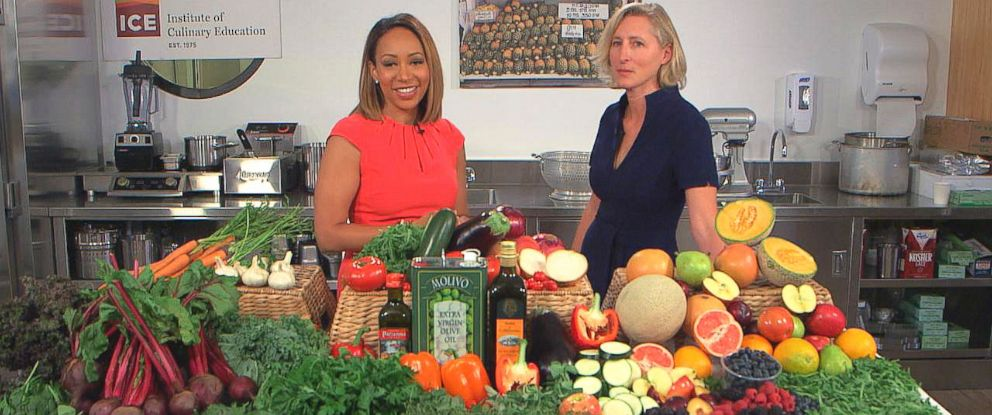 """PHOTO: ABC News Mara Schiavocampo spoke with nutritionist Jeanette Hyde about her new book, """"The Gut Makeover: 4 Weeks to Nourish Your Gut, Revolutionize Your Health, and Lose Weight."""""""