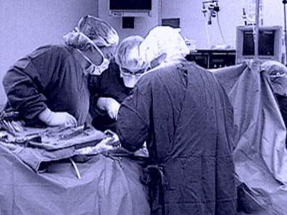 Woman getting a mamorgram
