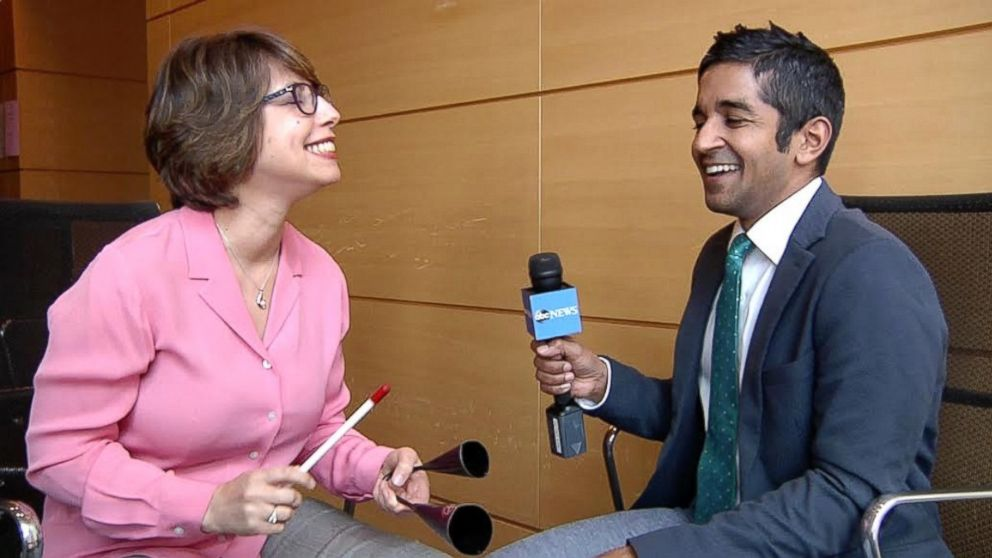 Memorial Sloan Kettering's Lead Music Therapist Karen Popkin shows ABC News contributor Dr. Alok Patel how she uses musical instruments to bring joy and relief to patients.
