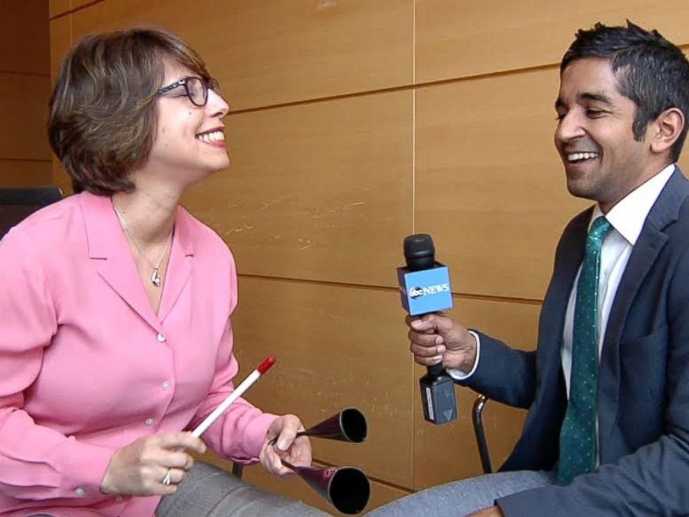 PHOTO: Memorial Sloan Ketterings Lead Music Therapist Karen Popkin shows ABC News contributor Dr. Alok Patel how she uses musical instruments to bring joy and relief to patients.