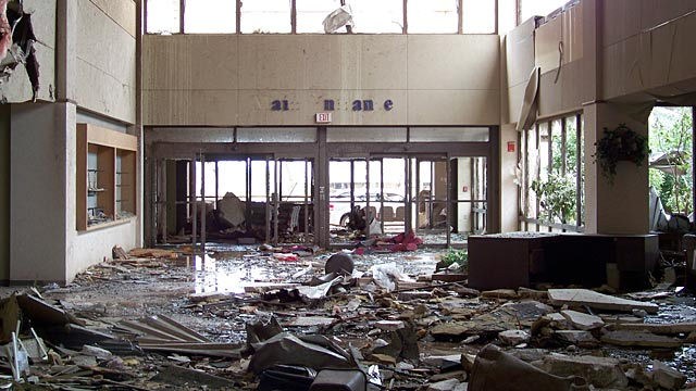 PHOTO:Interior of St. Johns Hospital in Joplin, Missouri