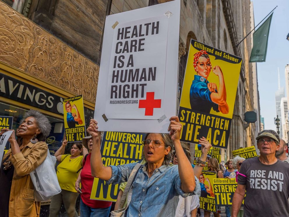 PHOTO: Activists marched to the offices of Senators Schumer and Gillibrand in New York, Sept. 5, 2017, carrying a giant lunchbox filled with messages from constituents that urged them to get Save Our Healthcare.