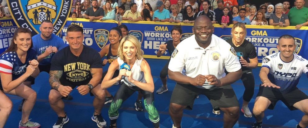 "PHOTO: ""GMA""s Amy Robach works out alongside members of the New York Police Department (NYPD)."