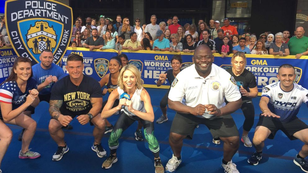 """""""GMA""""'s Amy Robach works out alongside members of the New York Police Department (NYPD)."""