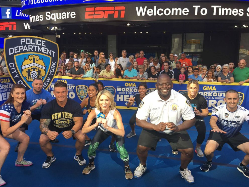 PHOTO: GMAs Amy Robach works out alongside members of the New York Police Department (NYPD).