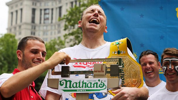 PHOTO: Nathans hot dog eating weigh-in