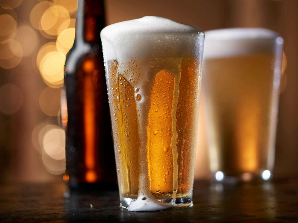 PHOTO: Glasses of beer