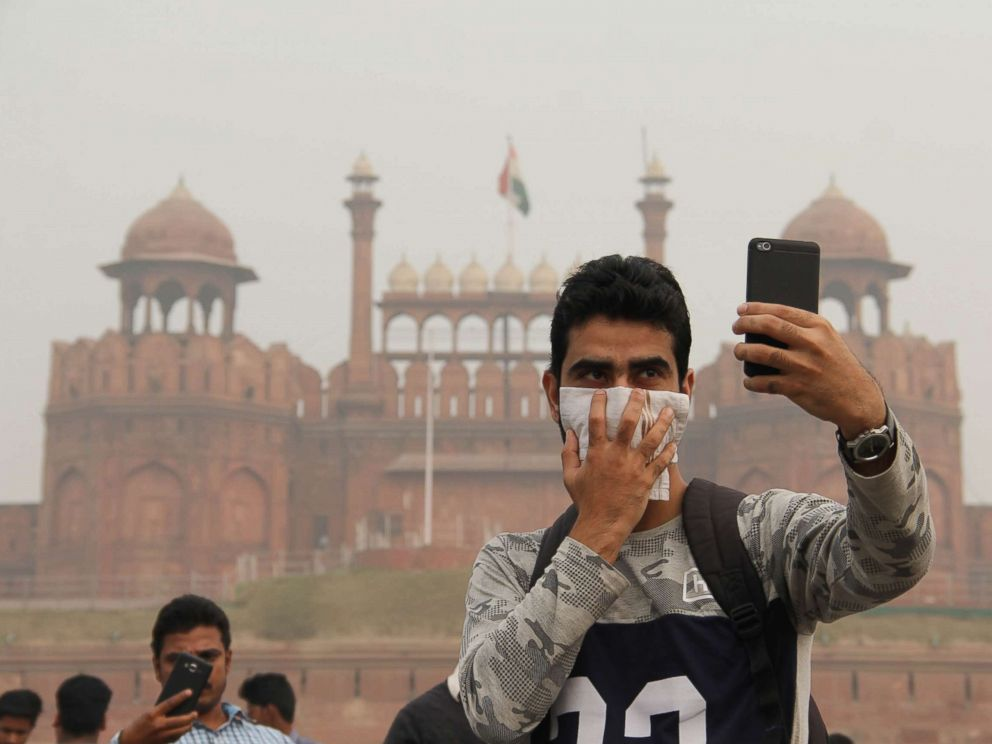 PHOTO: Young people take selfies in front of The Red Fort in Delhi on Nov. 12, 2017.