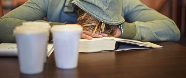 3 out of 4 college students say they're stressed, many