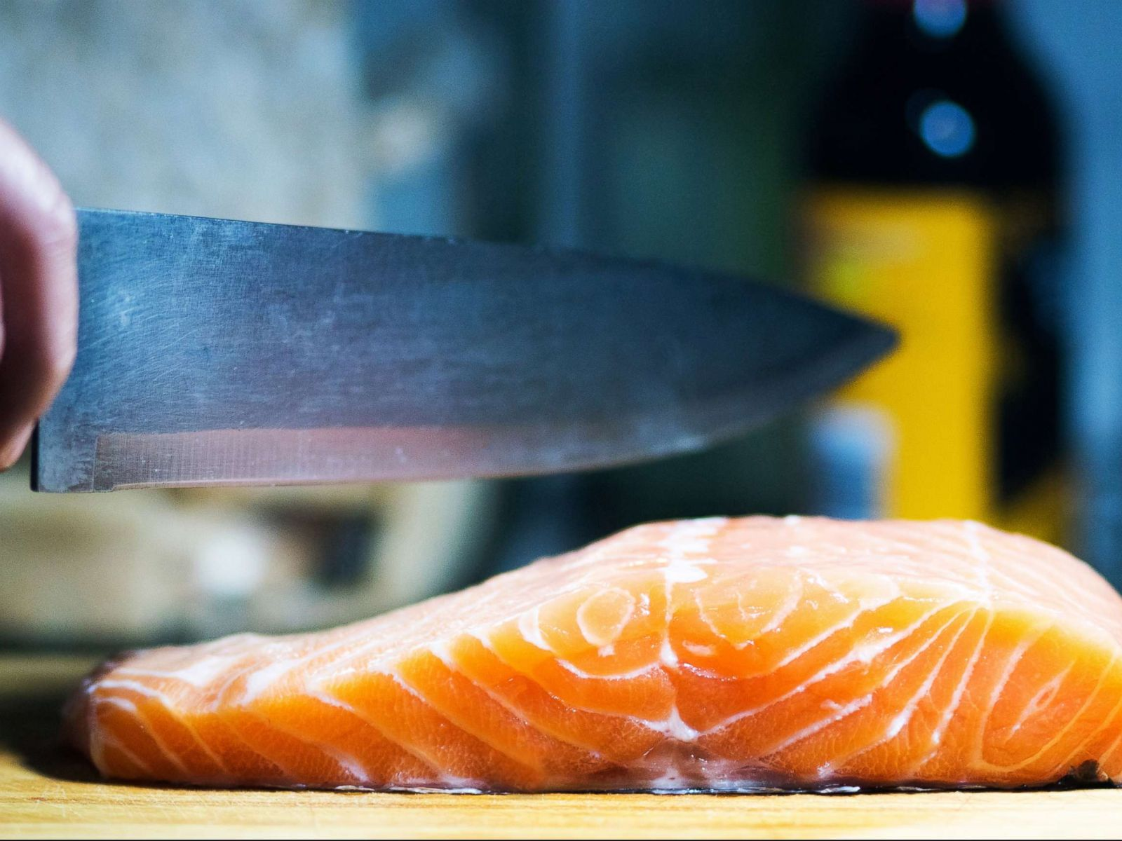 How can smelling fish cause an allergic reaction? Here's