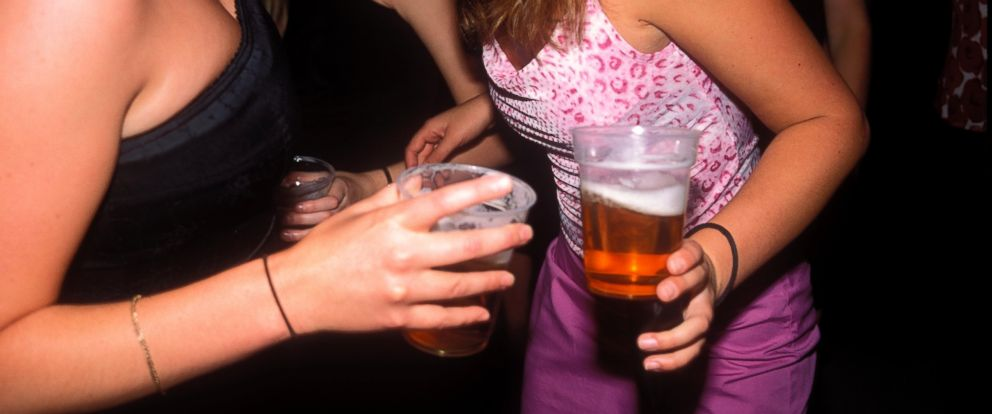 PHOTO: According to a new study from the Center for Disease Control and Prevention the teen drinking rate has dropped.