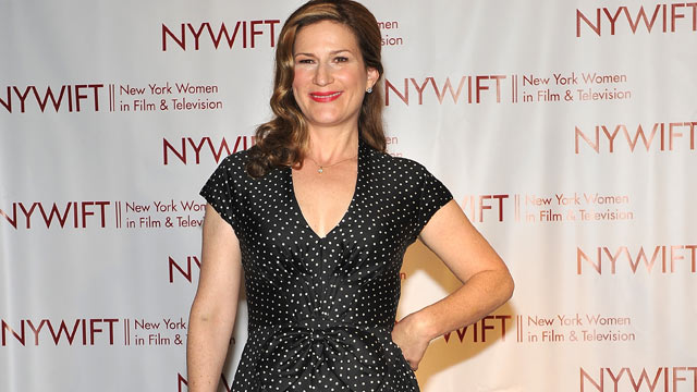 "PHOTO: The former ""SNL"" star, Ana Gasteyer, uses a combination of garlic pills, vitamin C, sleep and exercise for curing the cold, seen here in this Dec. 7, 2011 file photo."