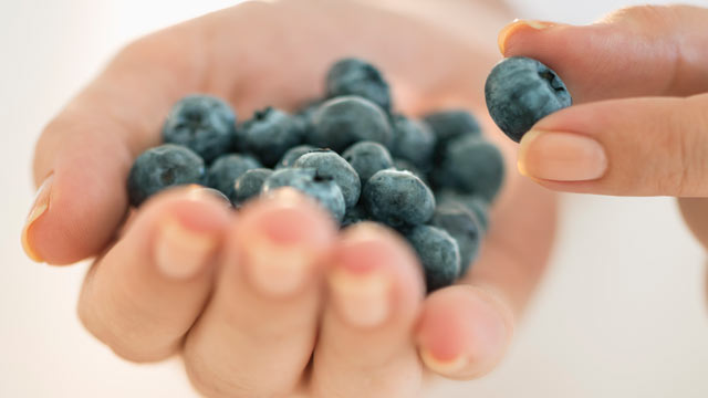 "PHOTO: Blueberries are a ""power food."""