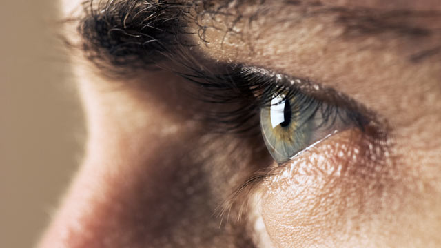 6 Eye Symptoms You Should Never Ignore - ABC News