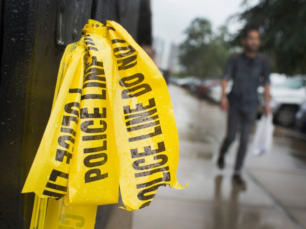 PHOTO: Crime scene tape hangs in the West Loop restaurant district where a 23-year-old man was shot and killed over the Labor Day weekend on Sept. 8, 2015 in Chicago.