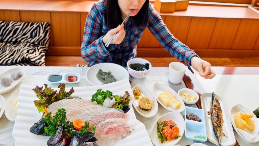 South Koreas Passion For Watching Strangers Eat Goes Mainstream