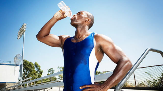 PHOTO: Drinking plenty of fluids is a good way to avoid heat exhaustion in the summertime.