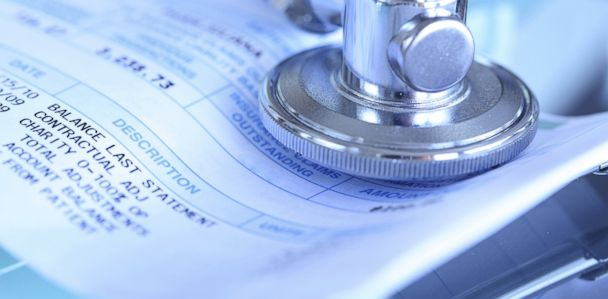 Reddit User Posts $55,000 Hospital Bill for Appendectomy