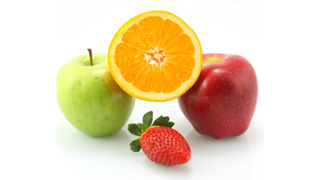 PHOTO: Apples, oranges and berries are a few foods that boost health and happiness.