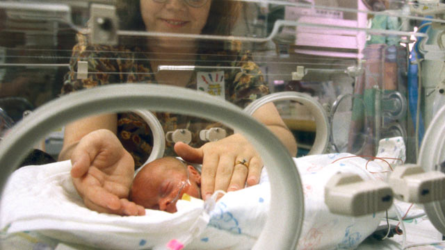 PHOTO: The risk of a serious bloodstream infection contracted in hospitals, a new report says, is 20 percent higher in pediatric intensive care units.