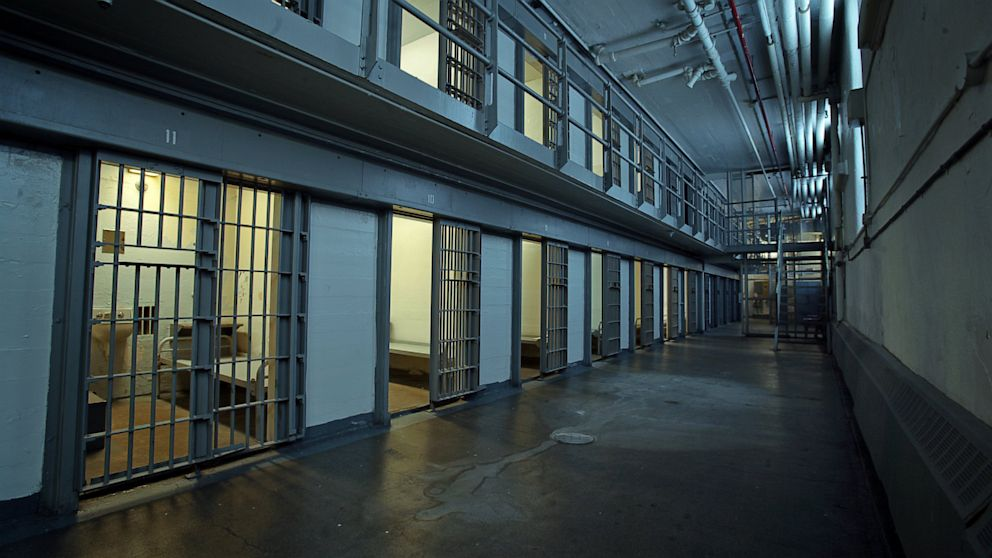 corrections prison and higher risk offenders For prison-based dosa, offenders must not have higher-risk offenders should receive washington's residential drug offender sentencing alternative:.