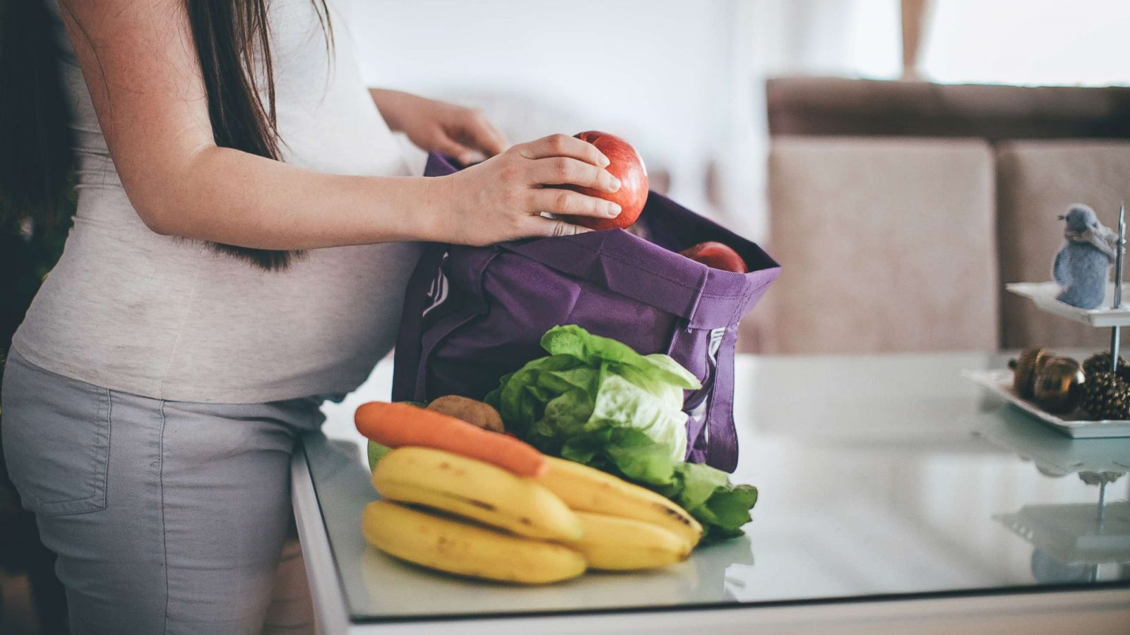 Foods to eat and skip to increase chances for pregnancy | GMA