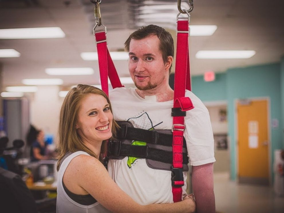 PHOTO: Joel and Lauren Jackson were married in 2013 and did a second first dance two years later when Joel was able to stand for the first time after a car accident.