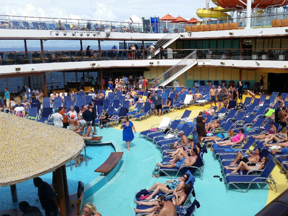 Ebola Scare Sends Caribbean Cruise Ship Back Home