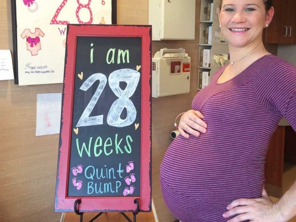 PHOTO: Danielle Busby is seen at 28 weeks of pregnancy in this photo posted to her blog.