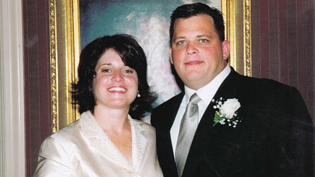 """PHOTO:Diane and Daniel Schuler before the """"super mom"""" drove the wrong way down the Taconic Parkway in 2009, killing eight."""