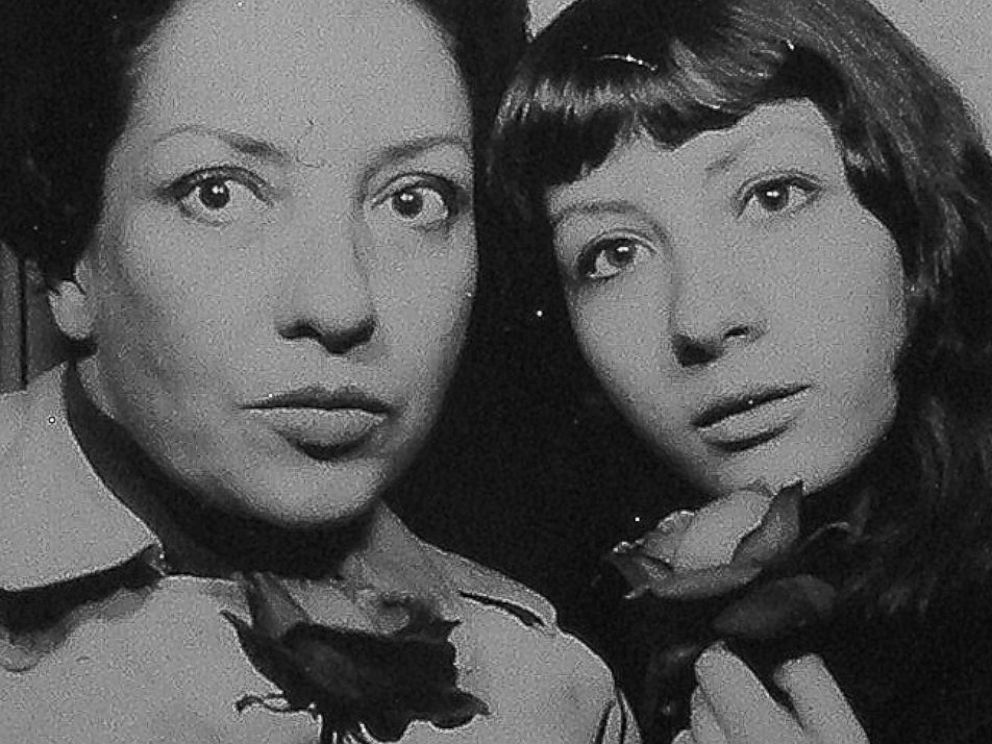 Mother daughter singers Dolly Baker and Shira LHeureux in Japan in 1970.