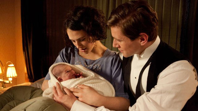"PHOTO: Jessica Brown Findlay plays Lady Sybil Crawley and Allen Leech plays Tom Branson in ""Downton Abbey."""