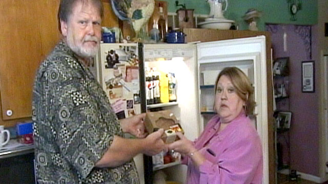 PHOTO:Nancy and Randal Watkins of Lexington, Ky., say they make too much from disability to get food stamps but dont make enough to pay their bills.