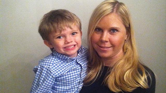 PHOTO:Ali Bergstrom and her son, Chille.