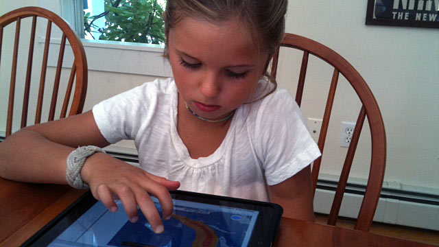 PHOTO:Grace Russell, 8, has been tracking Hurricane Irene.