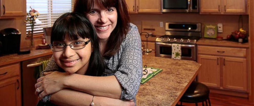 PHOTO: Jenna and her mom, Julie in their home in Maple Valley, Wash.