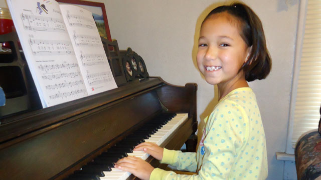 PHOTO: Josalyn Kaldenberg, 8, plays the piano in this file photo.