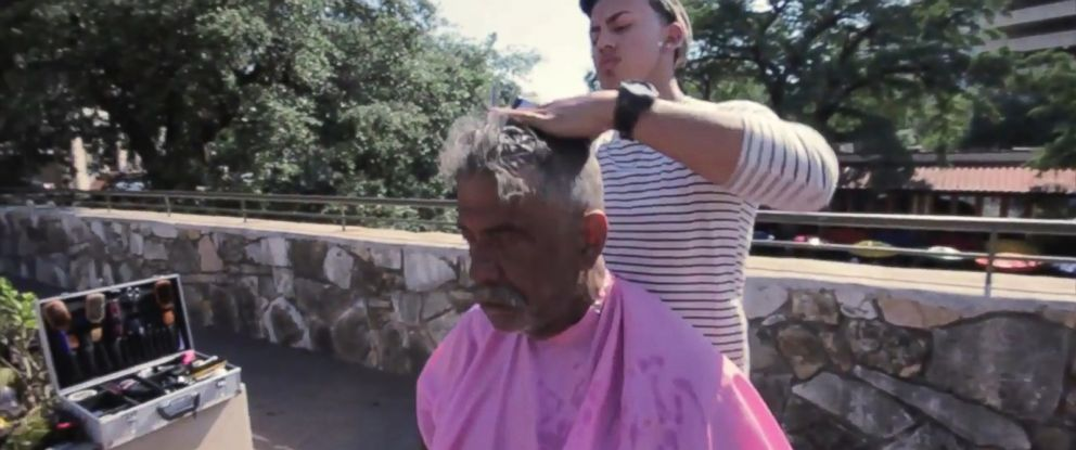 """PHOTO: Rudy Ibanez, 21, offers to give free haircuts to the homeless on Sundays in order to """"do some good."""""""