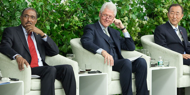 PHOTO:Michel Sidibe, UNAIDS Executive Director, President Bill Clinton, and Ban Ki-moon, Secretary-General of the UN attend the launch of the Global Plan