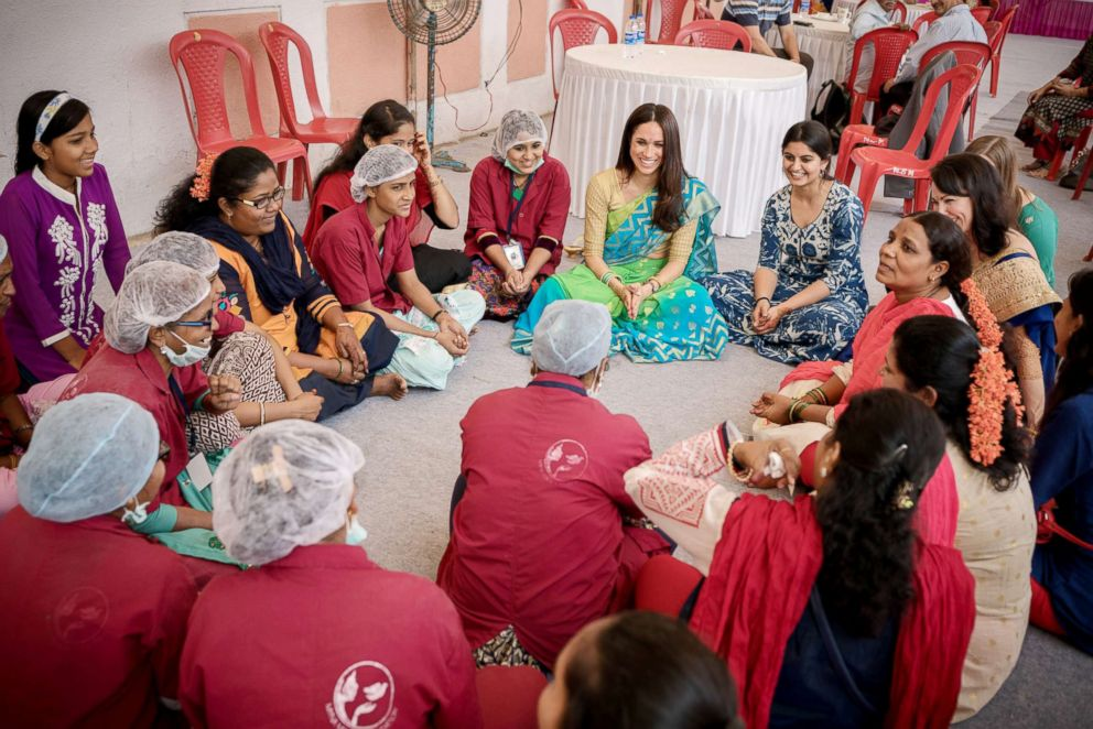 PHOTO: Meghan Markle speaks with women in India on a visit with the Myna Mahila Foundation.