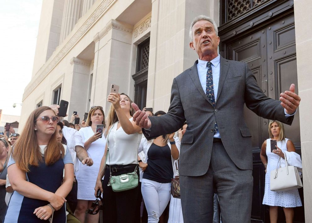 PHOTO: Attorney Robert F. Kennedy, Jr. speaks after a hearing challenging the constitutionality of the state legislatures repeal of the religious exemption to vaccination on behalf of New York state families who held lawful religious exemptions.