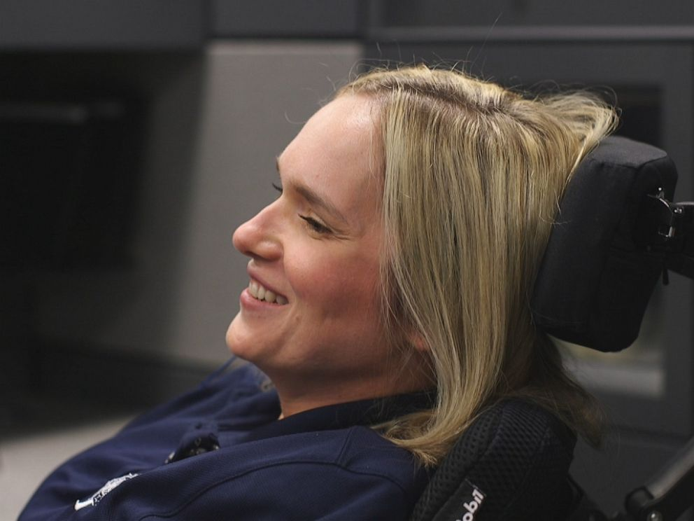 PHOTO: Three years ago, bodybuilder and undercover detective for the Kansas City Vice Squad Sarah Olsen began experiencing her first symptoms of ALS.