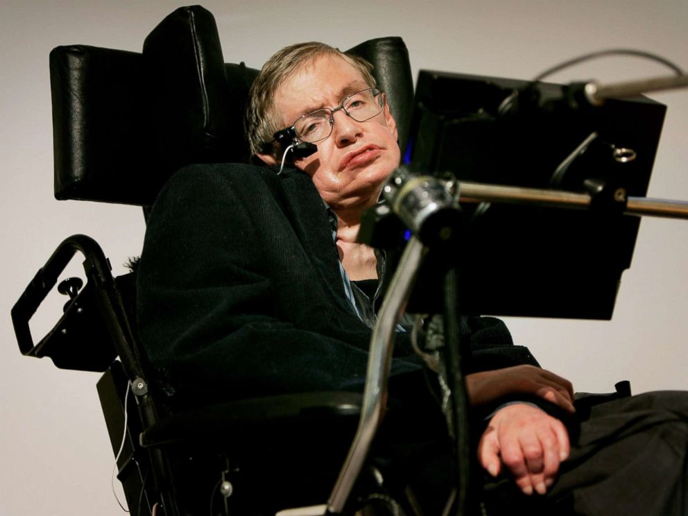 PHOTO: Professor Stephen Hawking delivers his speech at the release of the Bulletin of the Atomic Scientists, Jan. 17, 2007, in London.