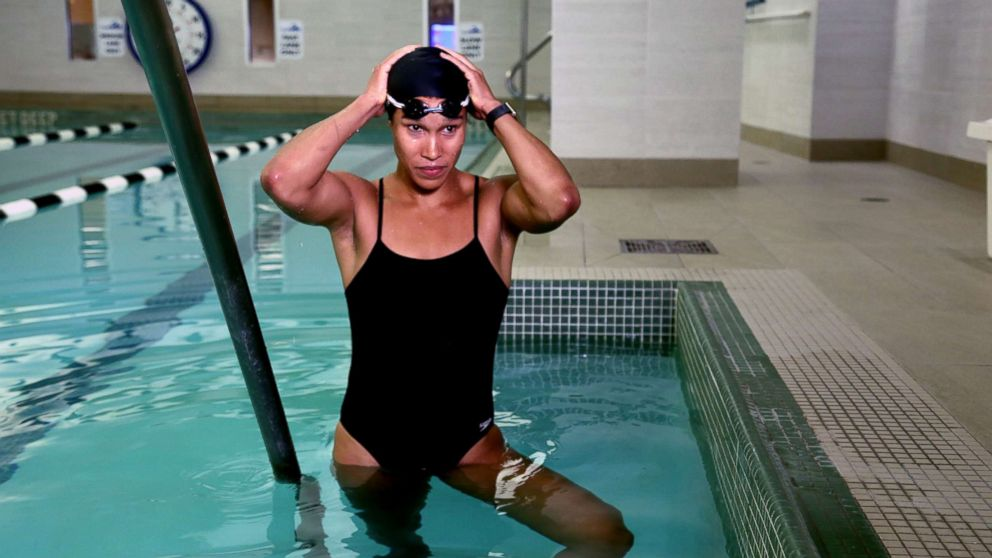 PHOTO: Equinox instructor Cece Marizu shares a pool workout for summer.